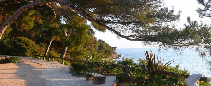 photo Take a stroll along Cap Ferrat