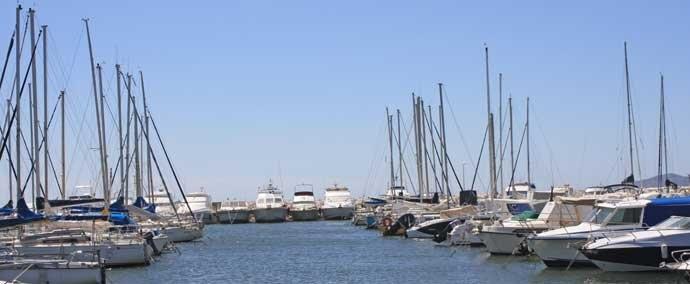 port de miramar, port de plaisance   la londe-les-maures