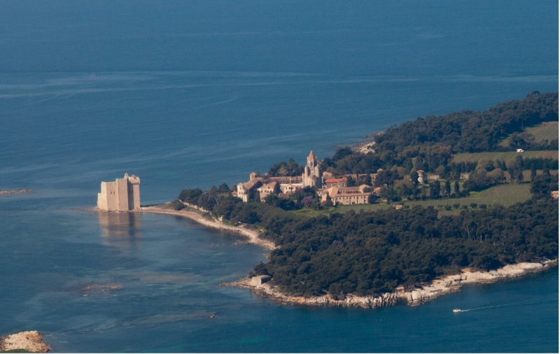 Ile Saint Honorat  Tourisme Cannes