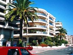 http://www.cote.azur.fr/phototheque/images/format_250x187/1/1/h_114714_1.jpg