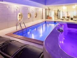 Hotel Nice Riviera - Ch�teauneuf-villevieille et mont macaron