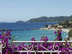 http://www.cote.azur.fr/phototheque/images/format_250x187/7/4/h_74595_1.jpg